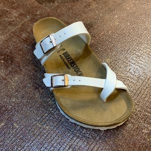 New in Box! Multiple Sizes! Birkenstock Mayari
